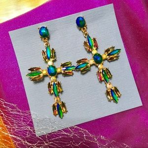 🦋 new NWT Earrings Colorful crosses